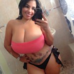 miss_issy_dominicanpoison_mirror3